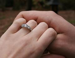 Fehér arany gyűrű palládiummal ötvözve